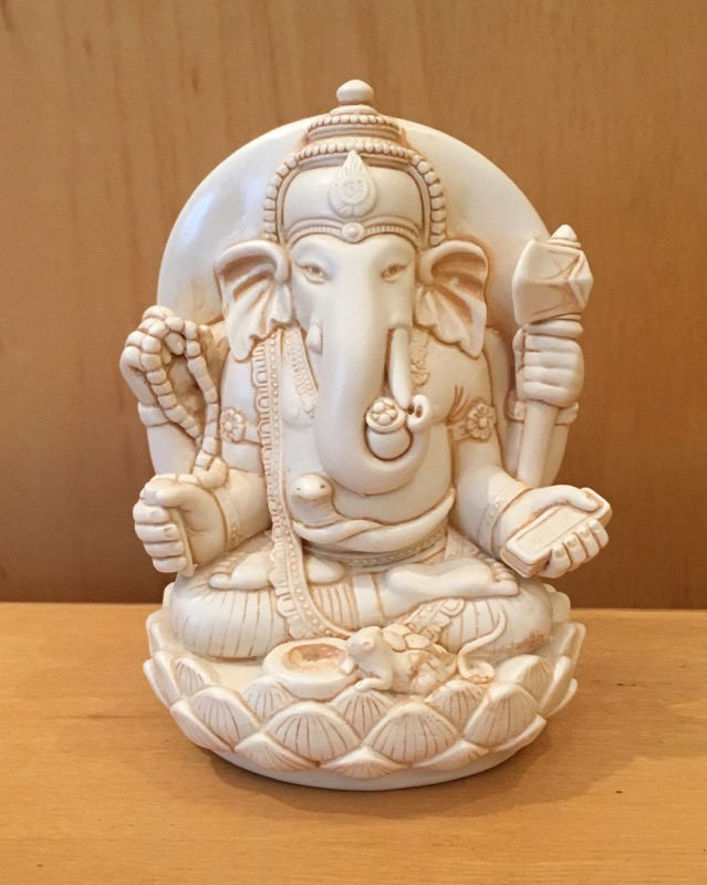 Medium Resin Yogi Ganesh