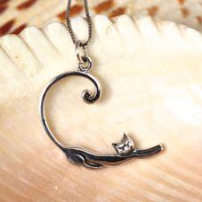 Silver Stretching Cat Necklace