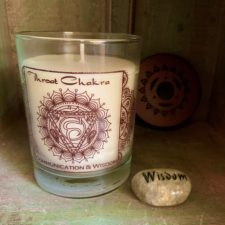 Throat Chakra Soy candle with Wisdom Talistone