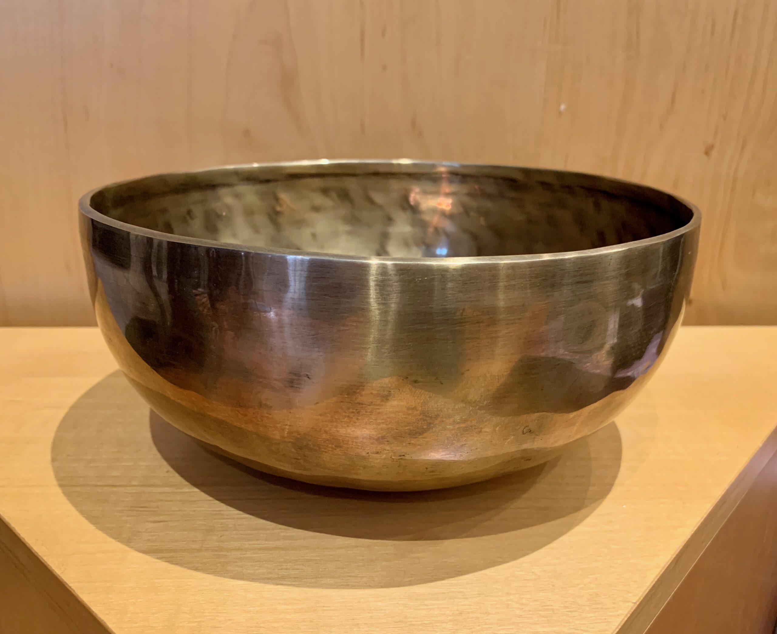 Authentic 7 Metals Singing Bowl D
