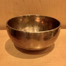 Authentic 7 Metals Singing Bowl F