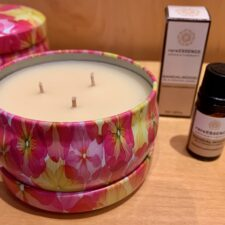 Bloom Candle w/ Sandalwood Essential Oil