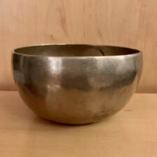 Authentic 7 Metals Singing Bowl for Meditation